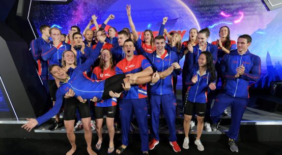 Energy Standard celebrates the victory of the European derby in London. Photo Credit: International Swimming League