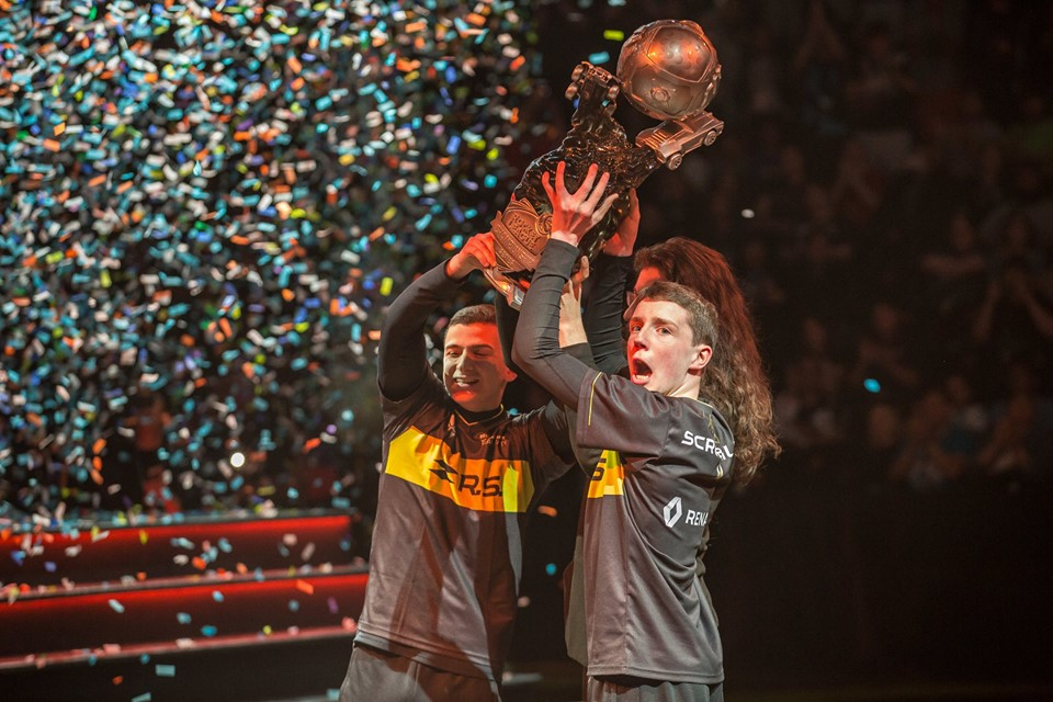 Renault Sport Team Vitality lifts the trophy at the season seven world championships. Photo courtesy of Mike Ellis